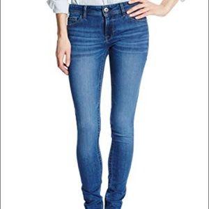 DL1961 Amanda Skinny Jeans 26 Chambers